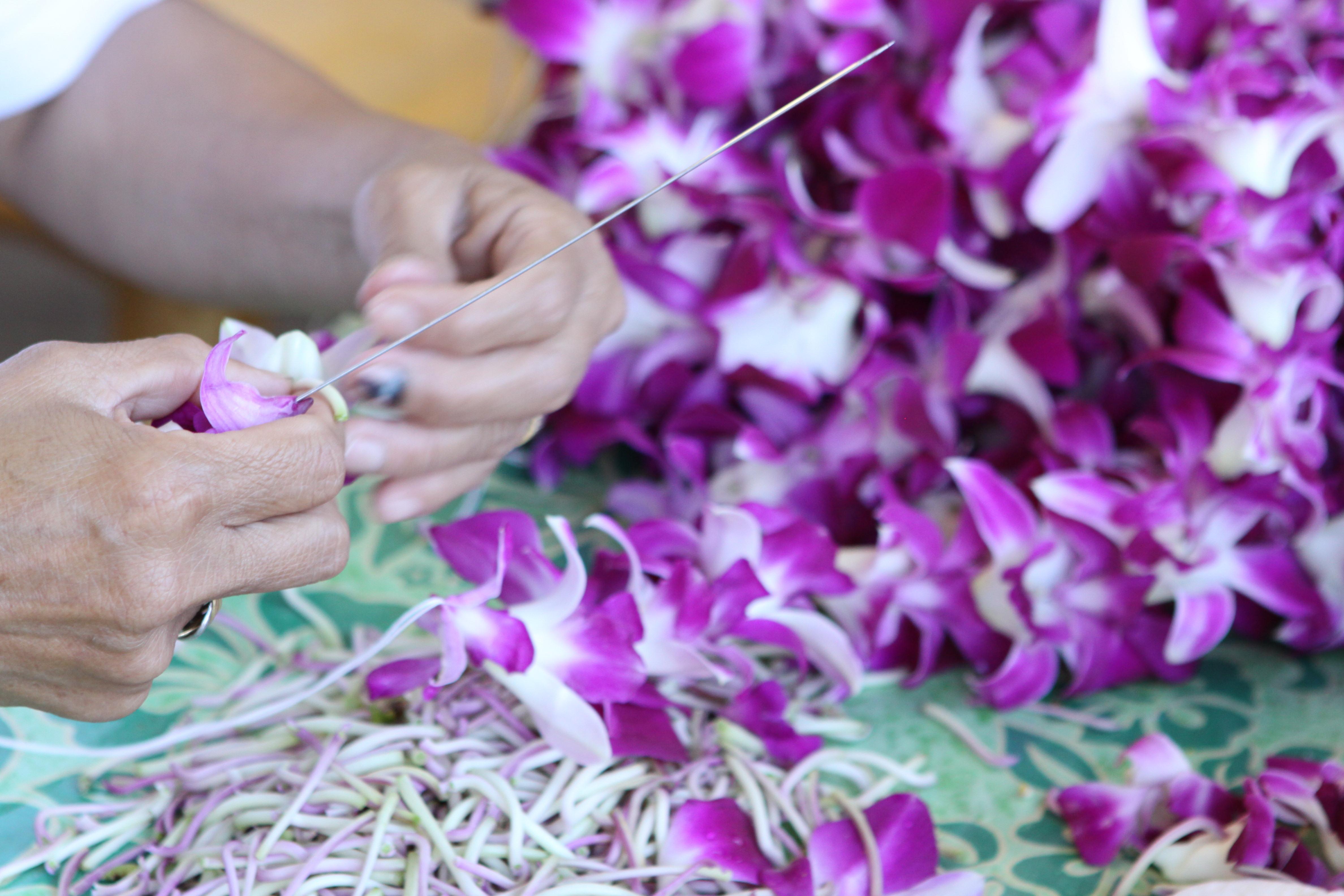 Watch the art of hawaiian lei making conscious living tv izmirmasajfo